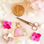 Compleanno e feste a tema fiori: come creare addobbi e party box floreali.